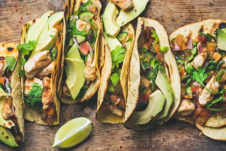 Tacos De Pollo Y Aguacate Coosur